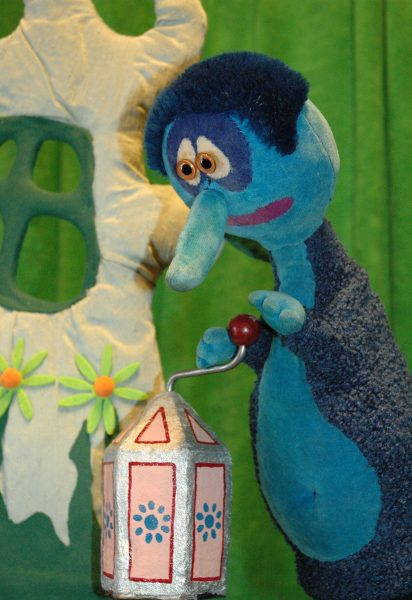 Lille Blå og Spilledåsen, med Dårekisten teater. @ Bærum bibliotek Høvik