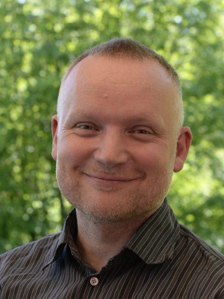 Portrett av forfatter Andreas Tjernshaugen